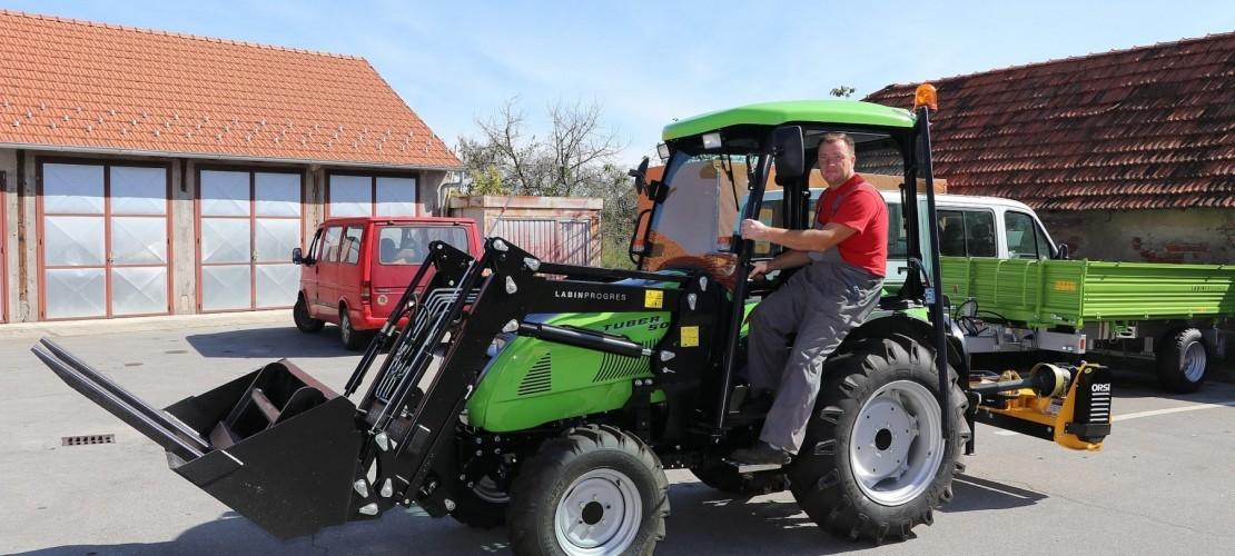 Komunalno poduzeće Kloštar Podravski dobilo novi traktor
